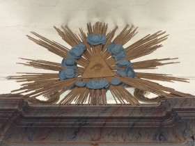 ahrensberg, altaraufbau, auge gottes im strahlenkranz